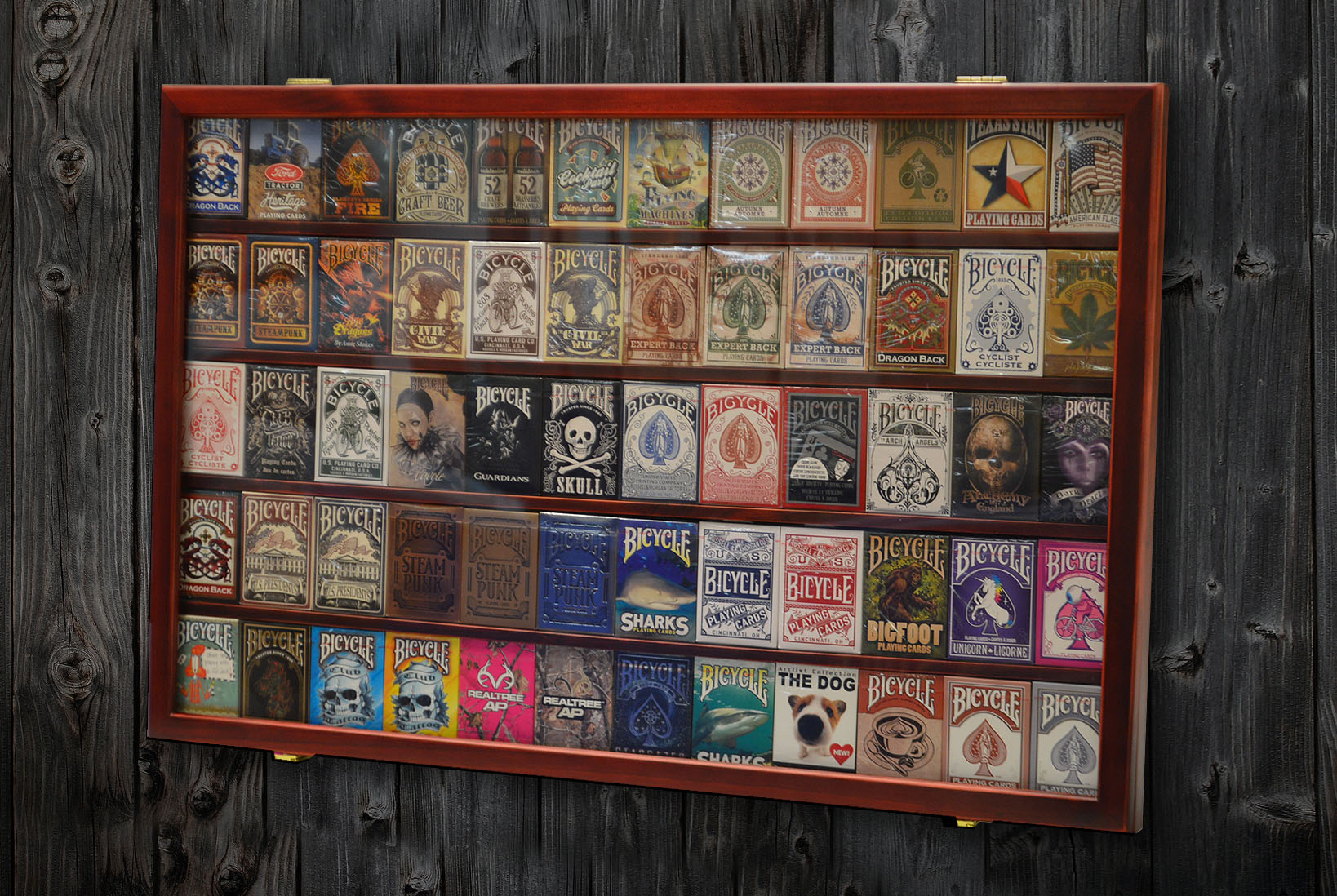 60 deck playing cards wooden display brand new mahogany color